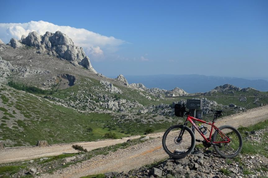 Biciklom po Velebitu